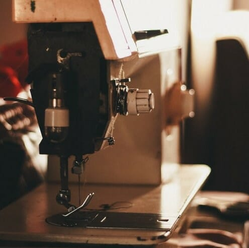 Best Heavy Duty Sewing Machine For Home Use