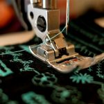 How to Thread A Sewing Machine Needle (10 Easy Steps)